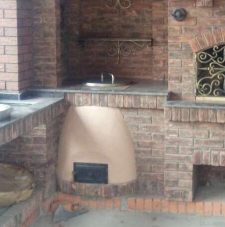 тандыр в составе кухонного комплекса